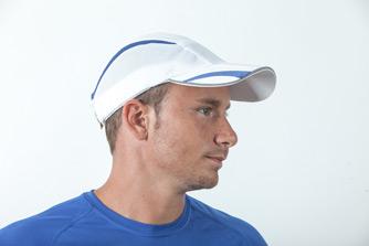 כובע לבן וכחול לגבר