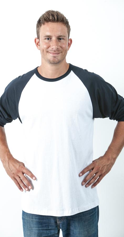 חולצה עם שרוול בצבע שונה